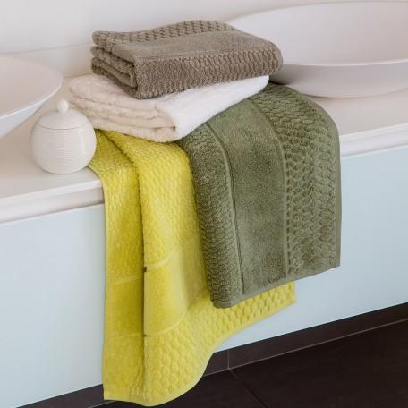 3cd4c7c009 Sinon, nous vous conseillons également l'éponge velours, si vous voulez une serviette  de bain particulièrement douce, même si elle absorbe moins.