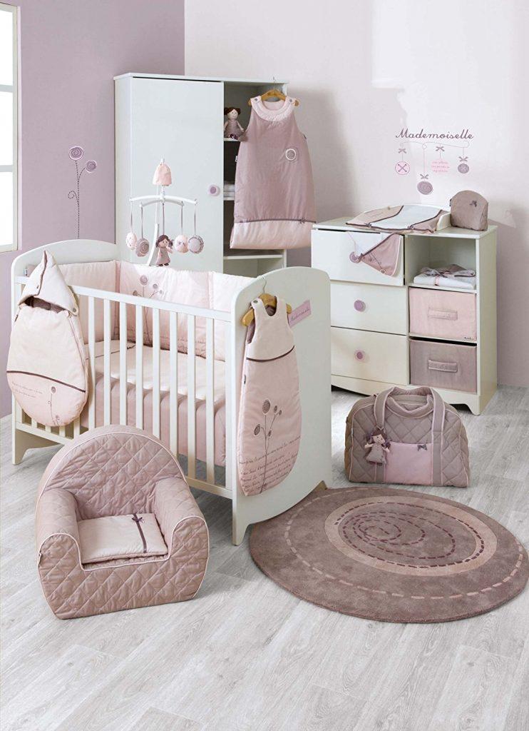 e8e1ceb28e3a ... tour de lit, vous pouvez vaquer tranquillement à vos occupations sans  craindre que votre bébé tombe de son lit. Par ailleurs, sa fixation est  facile et ...