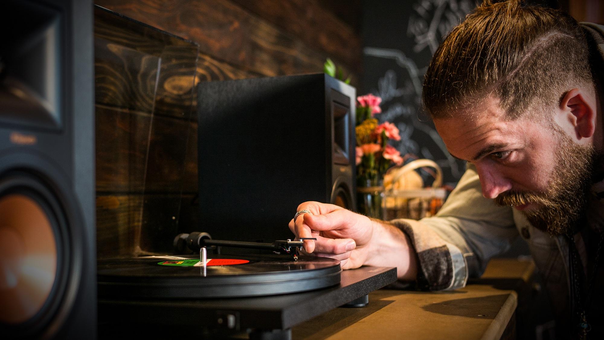 Quelle Marque De Platine Vinyle Choisir ▷ classement & guide d'achat: top platines vinyles en avr. 2020