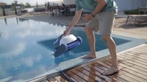 Les meilleurs robots de piscine dolphin comparatif en for Robot de piscine dolphin