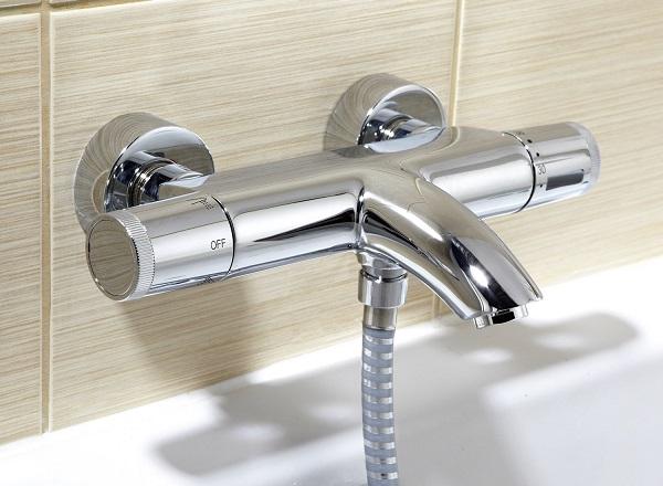 classement guide d 39 achat top robinets thermostatiques en juin 2018. Black Bedroom Furniture Sets. Home Design Ideas