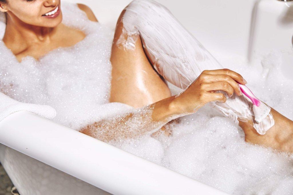 """Résultat de recherche d'images pour """"rasoir douche femme"""""""