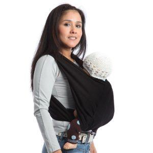 6877081e948e La technique du portage de bébé avec une écharpe a été pratiquée depuis des  années notamment par les Africains. Aujourd hui, presque la plupart des  parents ...