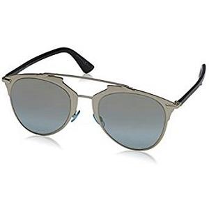 d804c6904e Cette paire de lunettes est sans doute un modèle très unique, car en  général, elle a été conçue pour être portée par les femmes.