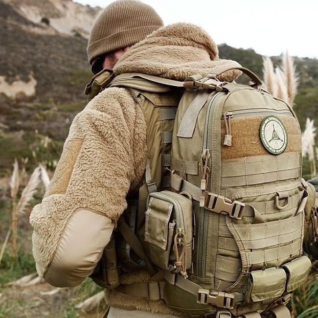Tactique Sac à dos US Assault Pack grande randonnée Sac Armée Sac à dos 36 L Noir