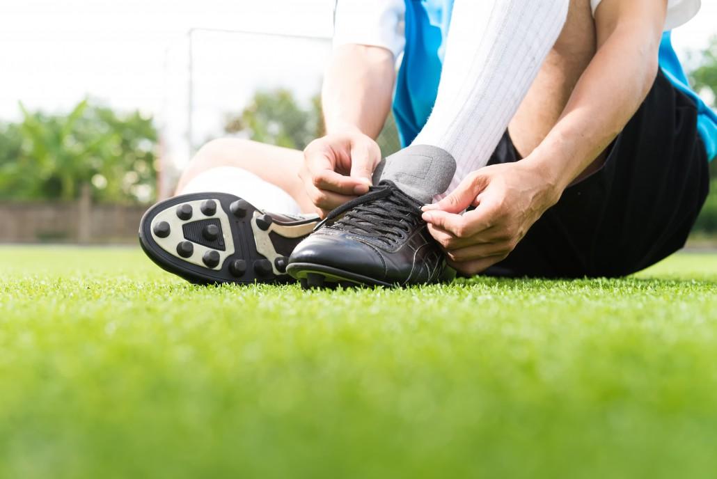 6cf4bace93059a ... souliers. Faites attention, habituez-vous bien à garder votre équilibre  avant de jouer un match. Effectuez des échauffements avant toute activité  pour ...