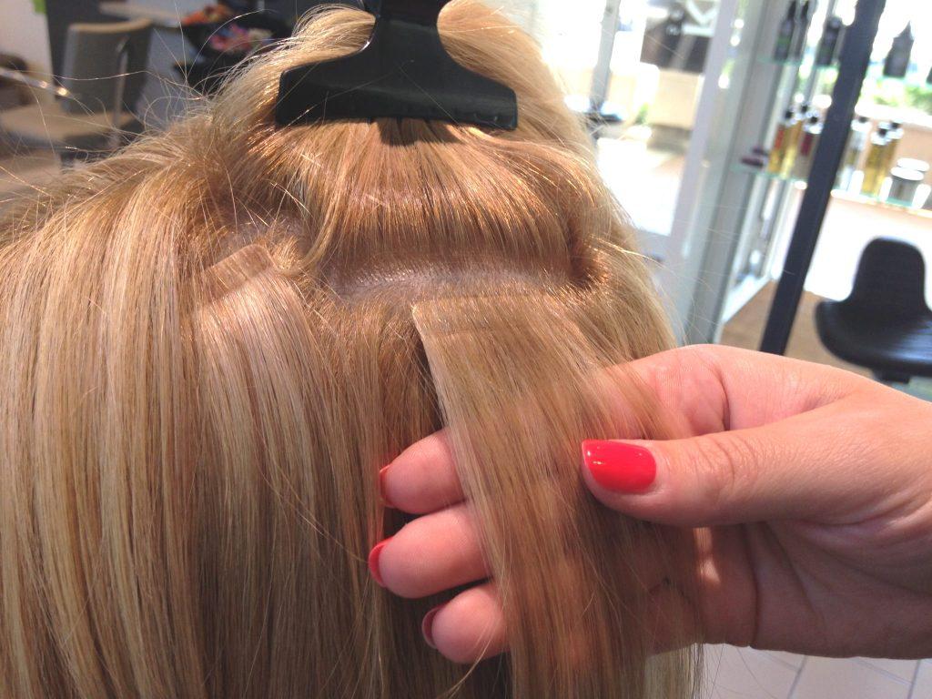 Couleur de cheveux peau fonce