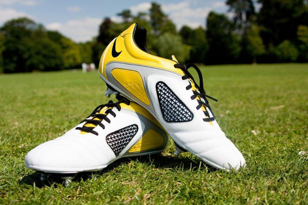 ▷ Classement & Guide D'achat : Top Chaussures De Football